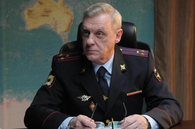 Половцев сыграл роль майора Соловца.