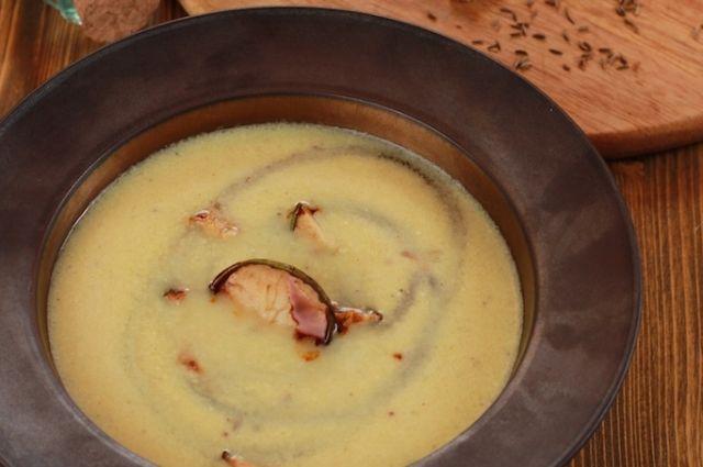 Суп из цветной капусты с грушей