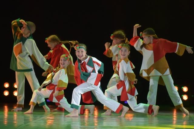 Дети не просто танцевали, они проживали выбранные для них образы.