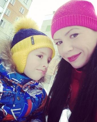 Ульяна с сыном Артемом.