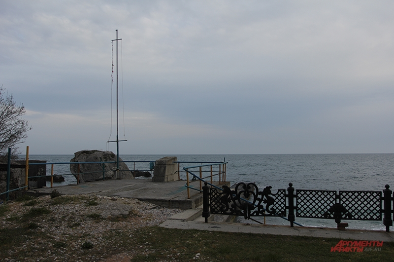 Запустение на крымских пляжах