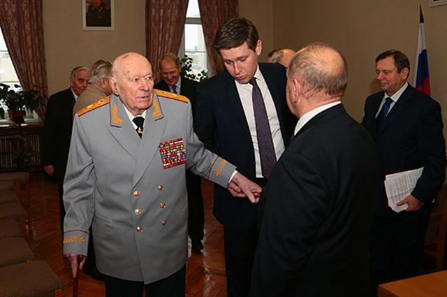 90-летие Ф. Д. Бобкова в Управлении Генеральных инспекторов Минобороны России, 1 декабря 2015 года.