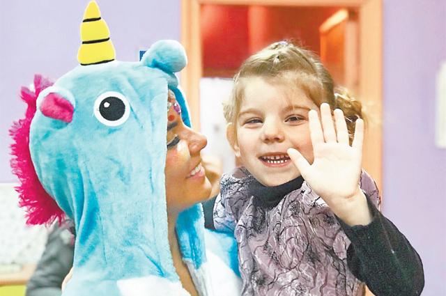 «Корпорация Добрых Дел», где певица– попечитель, помогает детям-сиротам идетям, оставшимся без попечения родителей.