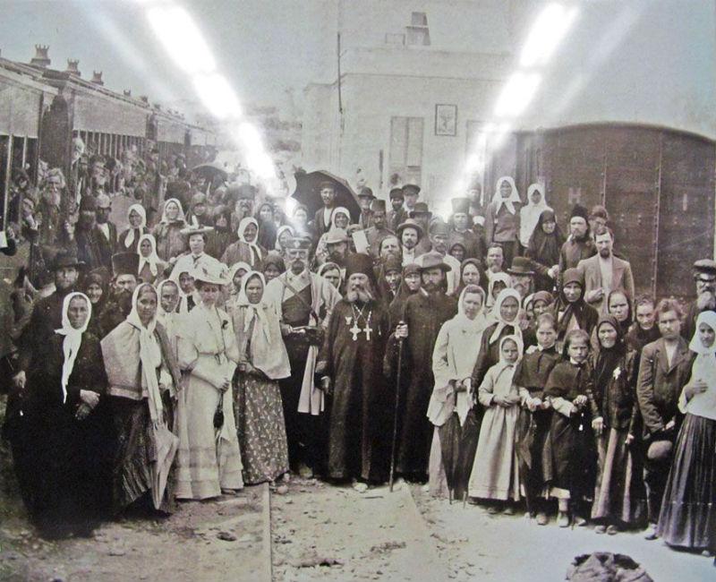 Российские паломники на святой земле.