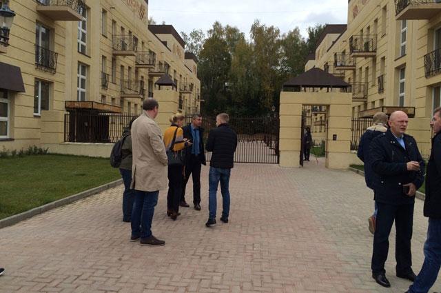 Немецкие специалисты осмотрели энергоэффективные дома в поселке Тучково Московской области.