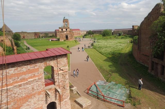 Крепость была построена в 1323 году князем Юрием Даниловичем.