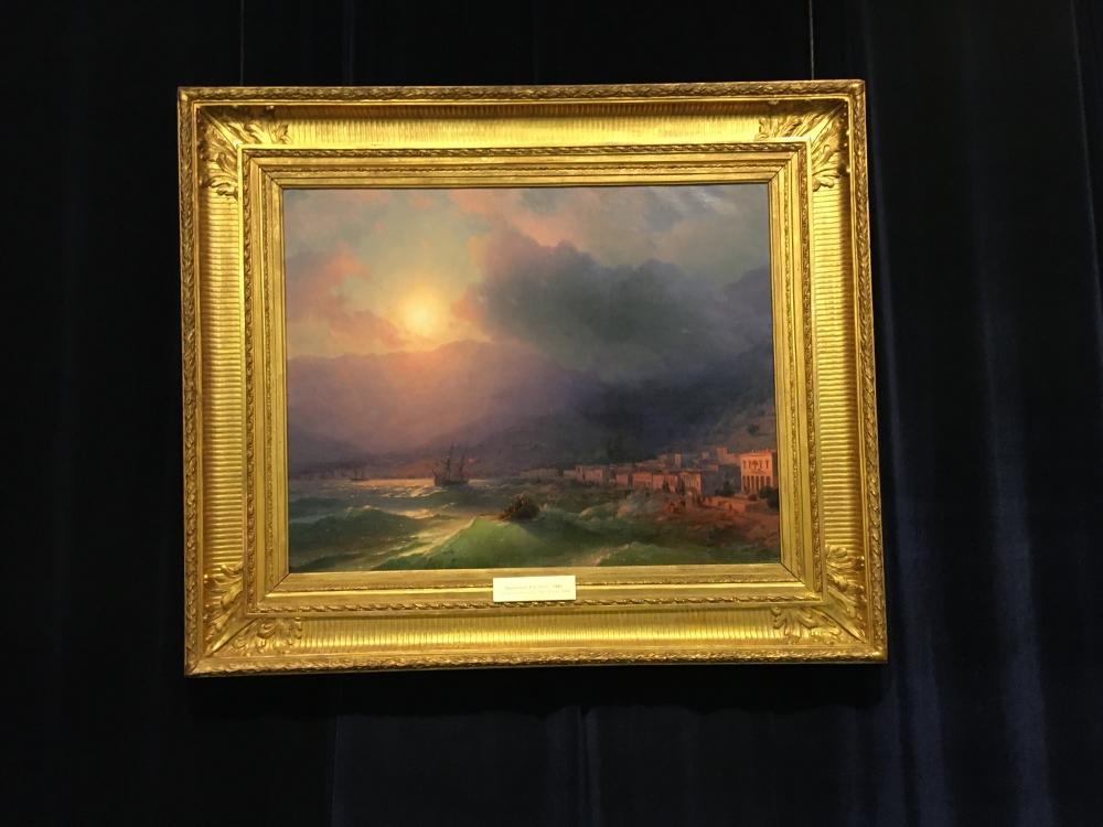 Музей одной картины. Сейчас здесь «Приморский город. Вид Ялты» Ивана Айвазовского.