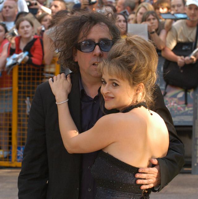 Тим Бёртон и Хелена Бонэм Картер в 2005 году