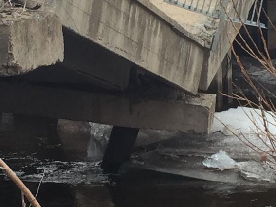 Обрушение моста в Уссурийске.