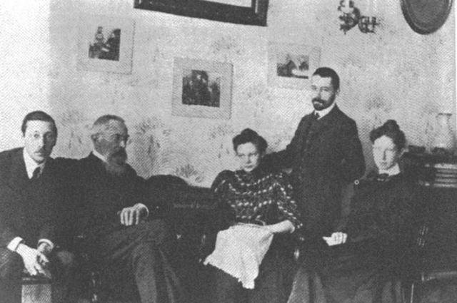 Стравинский со своим наставником Николаев Римским-Корсаковым (слева)