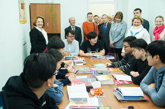 Более 800 иностранных студентов обучаются в Тимирязевке.
