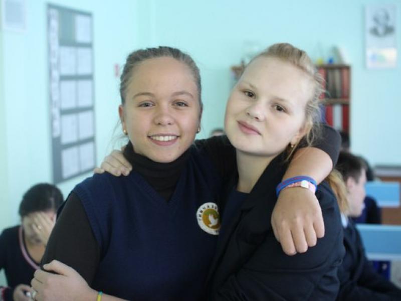 Оля и Катя сразу согласились записать видео для президента
