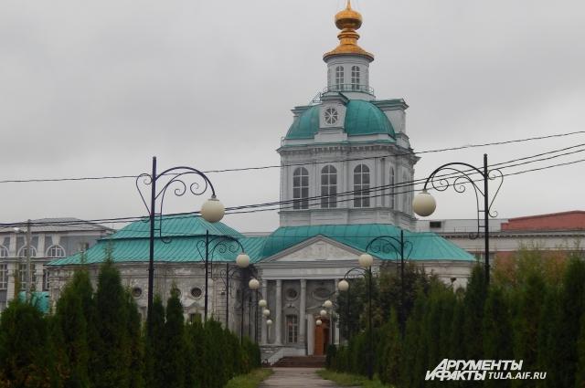 Храм Флора и Лавра