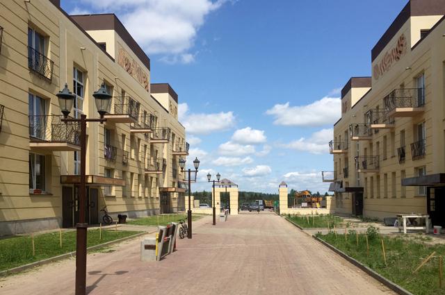 Дом впоселенииТучково Московской области сприменением энергоэффективных технологий, квартиры вкотором предназначены для переселенцев изаварийного жилья.