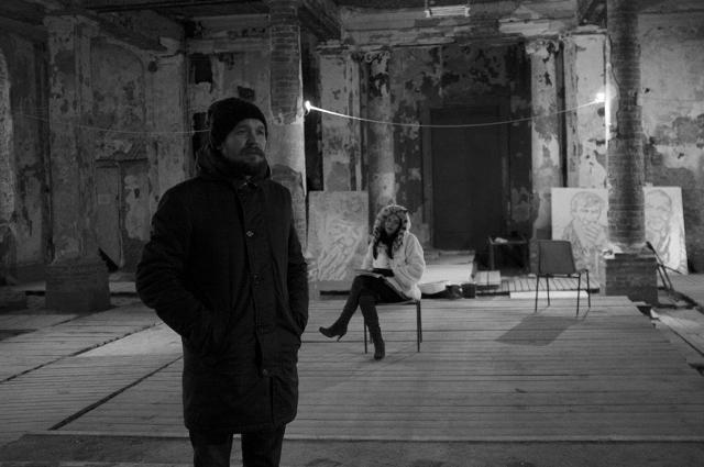 Режиссер до последнего не знал, кто из бездомных актеров все-таки сыграет в спектакле.