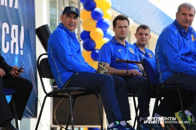 Несмотря на свое желание уйти в другой клуб, Курбан Бердыев остался в Ростове-на-Дону.