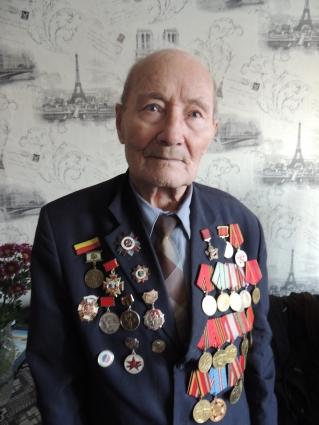 7 февраля Леониду Леонтьевичу исполниться 95 лет.