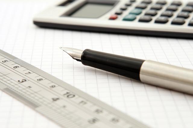 В компаниях можно заказать выполнение чертежей и решение задач.