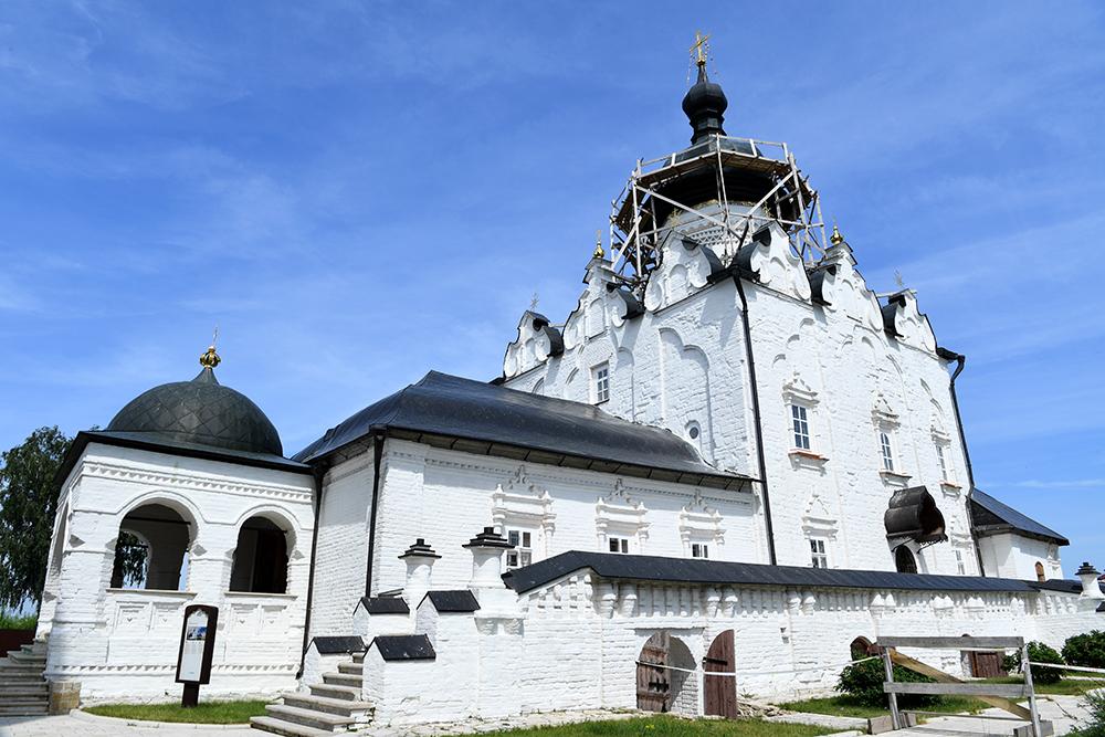 Успенский собор Свияжска включен в Список объектов Всемирного наследия ЮНЕСКО.