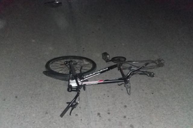 16-летний велосипедист погиб на месте аварии.