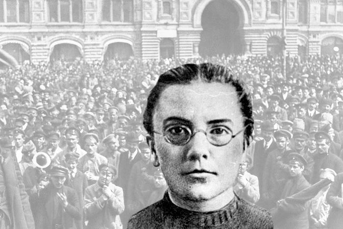 Среди коллег-коммунистов Дерябина прославилась долгими, многочасовыми спорами сэсерами, в которых, как правило, одерживала верх. Вкачестве пропагандиста иагитатора она была очень популярна среди рабочих исолдат.
