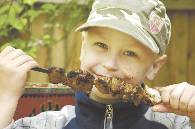 Диетологи советуют не баловать таким блюдом детей до пяти лет.
