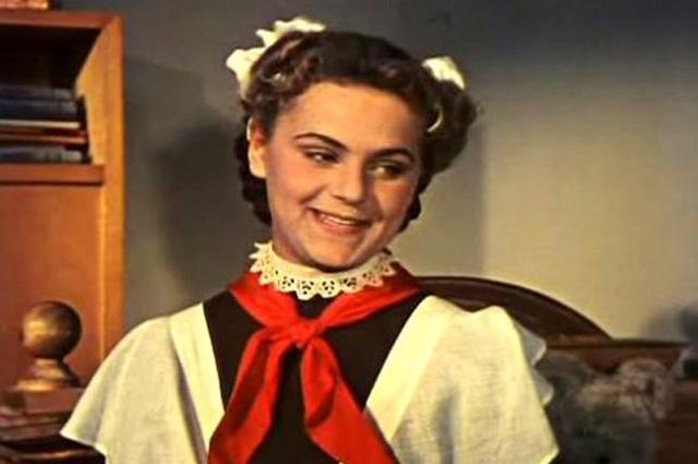Ирина Асмус в фильме «Новые похождения кота в сапогах», 1958 год