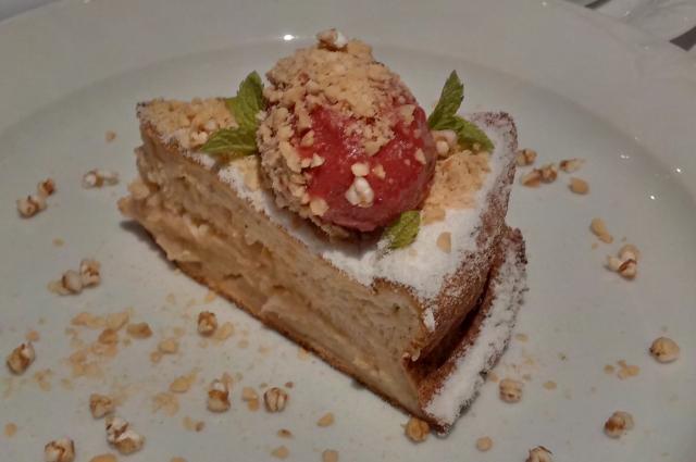 Пирог из тертых и нарезанных яблок