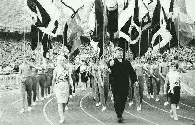 Леонид Жаботинский нёс знамя страны на двух Олимпийских Играх.