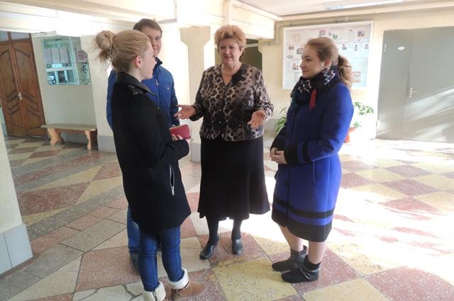 Валентина Клименко со студентами