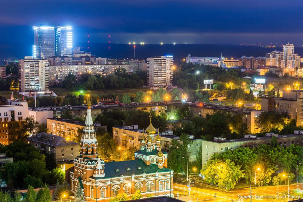 Фотограф-экстремал Григорий Скворцов уже три года снимает краевую столицу с крыш высоток.