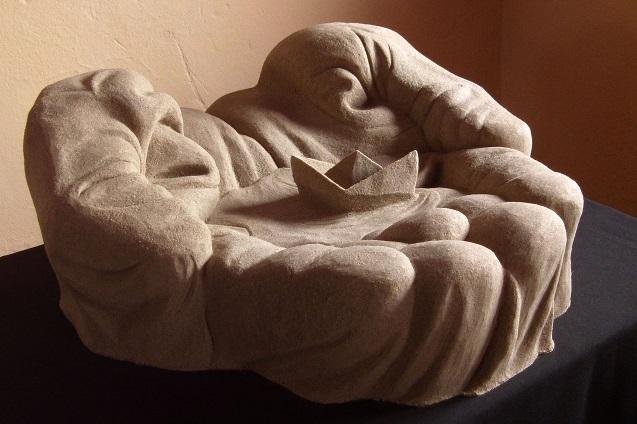 Песок дарит человеку скопленную за века мудрость.