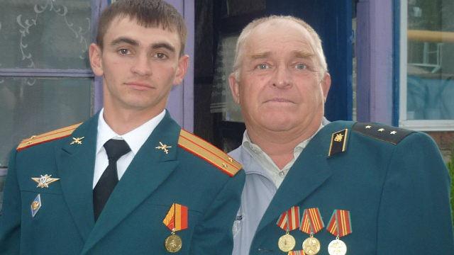 Александр Прохоренко с дедом.