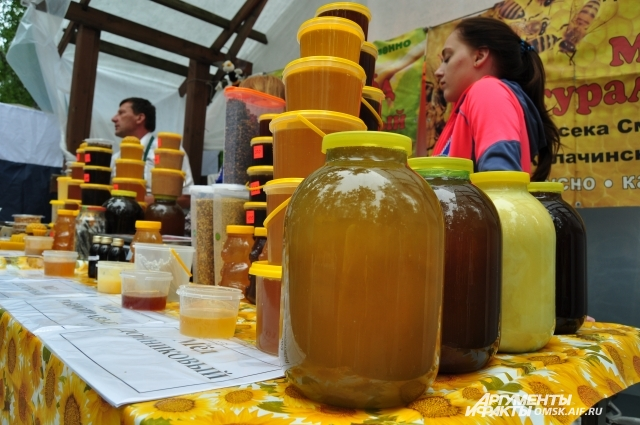 Натуральный мёд сложно найти даже на ярмарках.