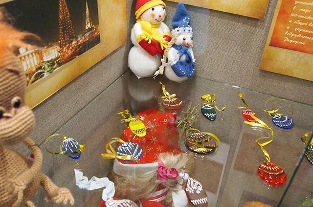 Первые елочные игрушки были съедобными.