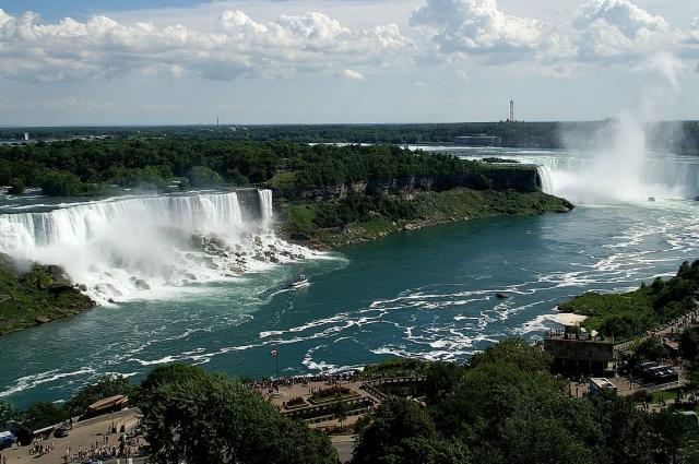 Ниагарский водопад можно увидеть, не отрываясь от компьютера.