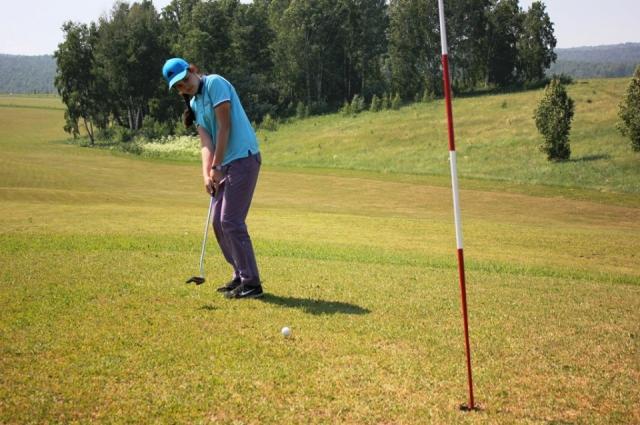 Гольф популярен не только с Европе, но и в Сибири.