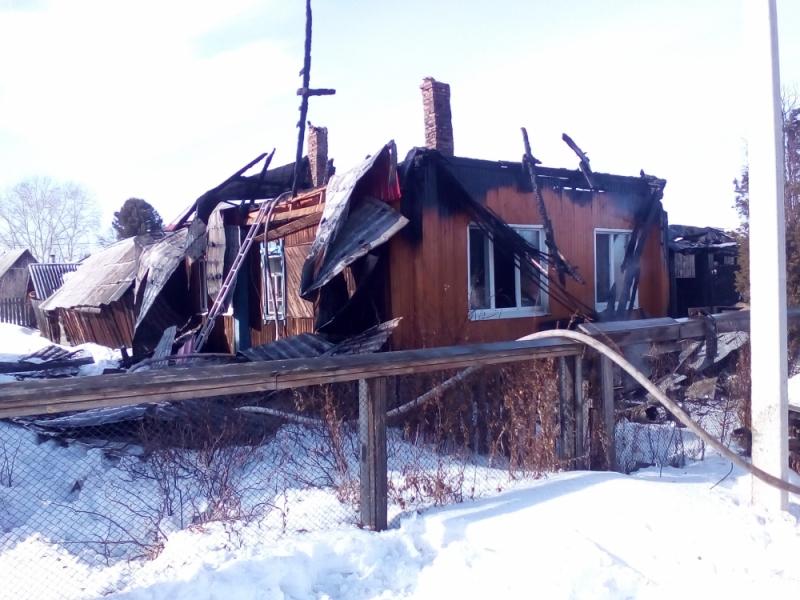 Дом пенсионерки сильно пострадал, но восстановить его можно.