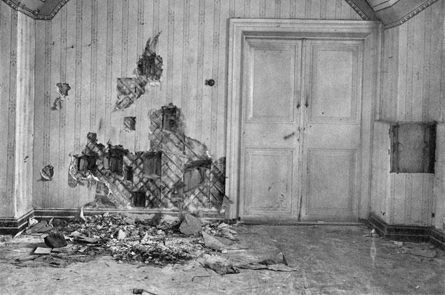 Подвал дома Ипатьева в Екатеринбурге, где была расстреляна царская семья.