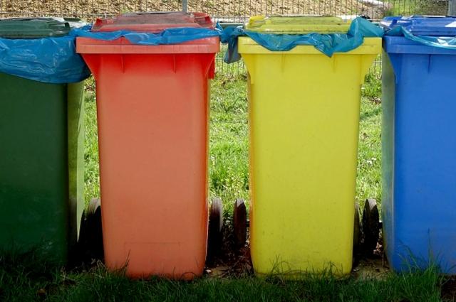 Только переработка является самым безопасным способом утилизации мусора для здоровья людей и природы.