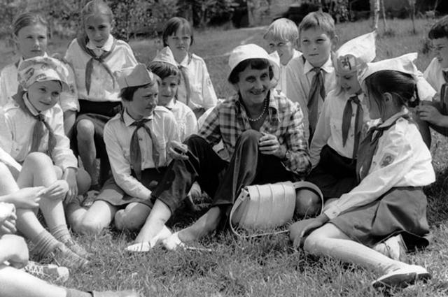 Астрид Линдгрен и советские пионеры.