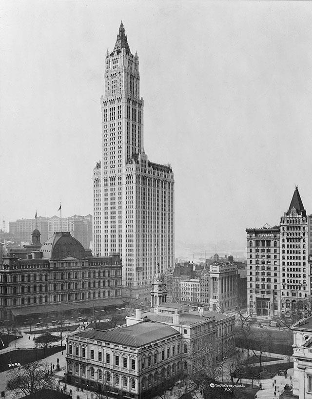 Вулворт-билдинг в 1913 году.