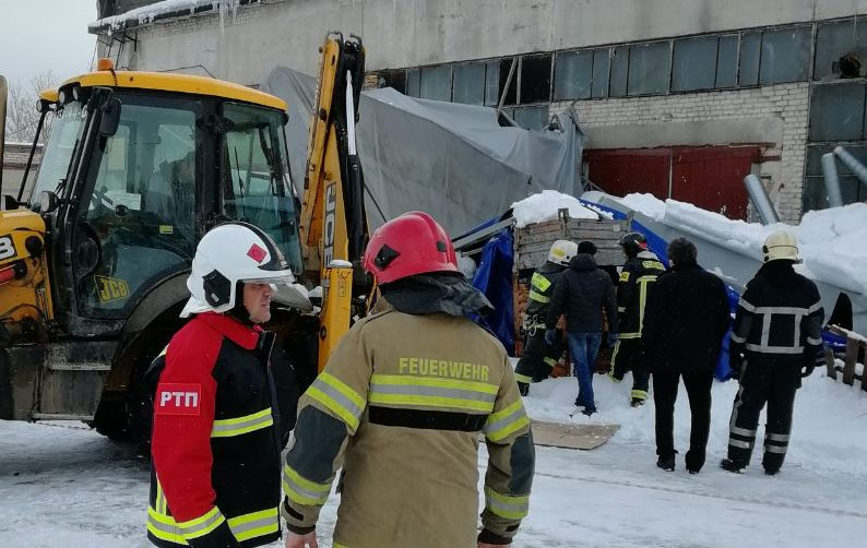 На место происшествия также выезжал начальник ГУ МЧС по Калужской области Владислав Блеснов.