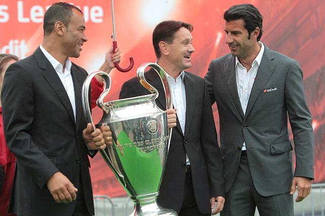 Кафу, Дмитрий Аленичев и Луиш Фигу на открытии Турне Кубка UEFA Champions League в Санкт-Петербурге. 2011 год
