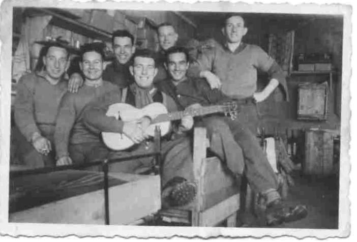 Узники немецкого лагеря для военнопленных Шталаг 18А