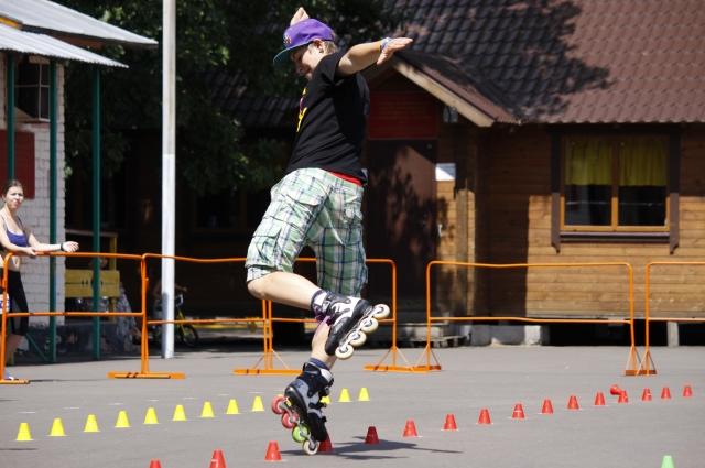 Регулярное катание на роликовых коньках укрепляет почти все мышцы тела.