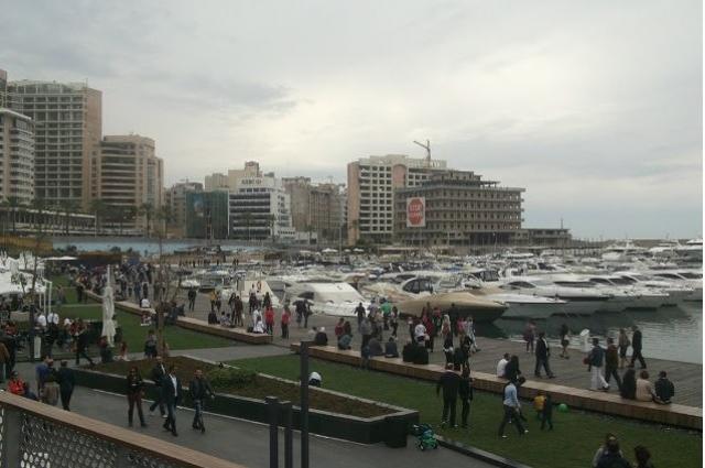 Небоскребы в Бейруте стоят вплотную друг к другу.