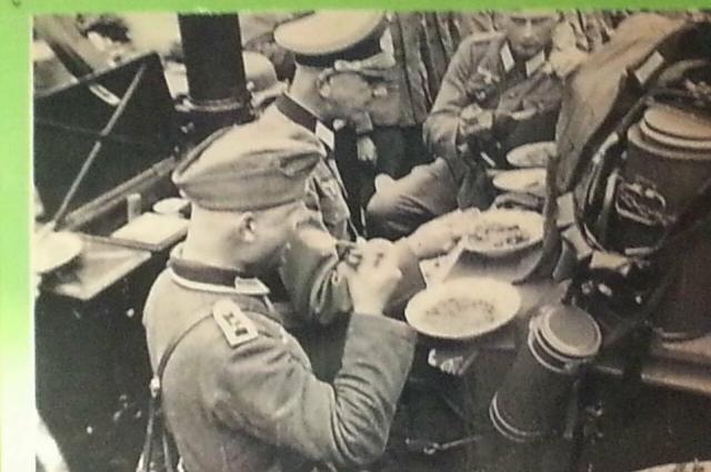 Фронтовой обед в войсках вермахта. Экспонаты