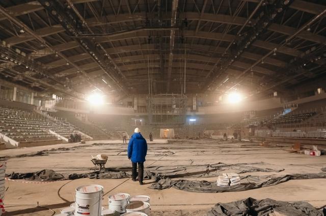 Куб, что в центре арены, – уникальный. Такого в России больше нет, с него можно смотреть трансляцию с любой точки зала.
