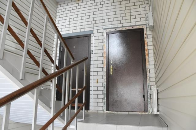 Специалисты госучреждений проводили исследования, и, по их выводам, дом безопасен для проживания.